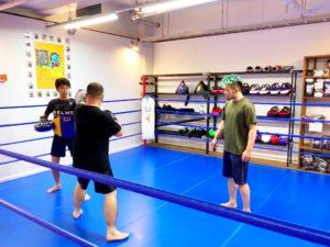 image-JKF流持ち合いミットの心がけ。大切なのは「恐怖を乗り越える勇気」 | 名古屋池下のキックボクシングフィットネスジム