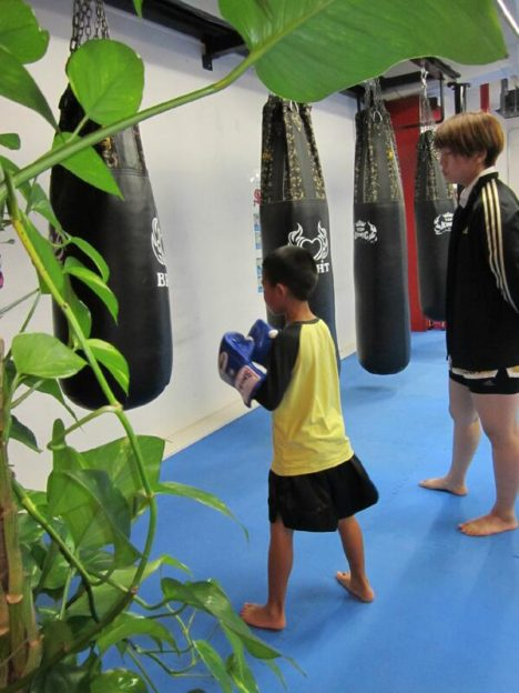 image-加賀有美子 - 名古屋池下のフィットネスキックボクシングジム